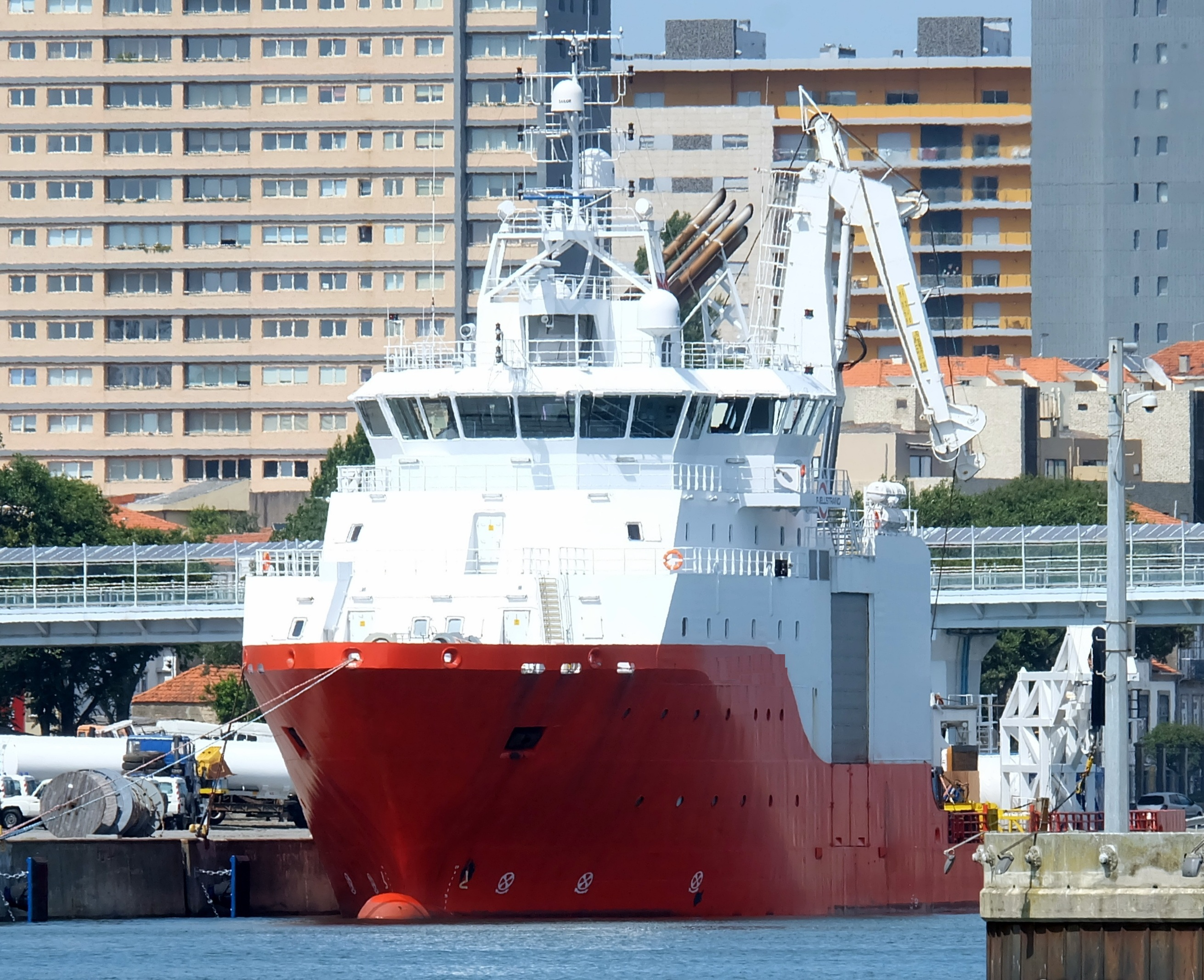 88 Meter Length Survey Vessel
