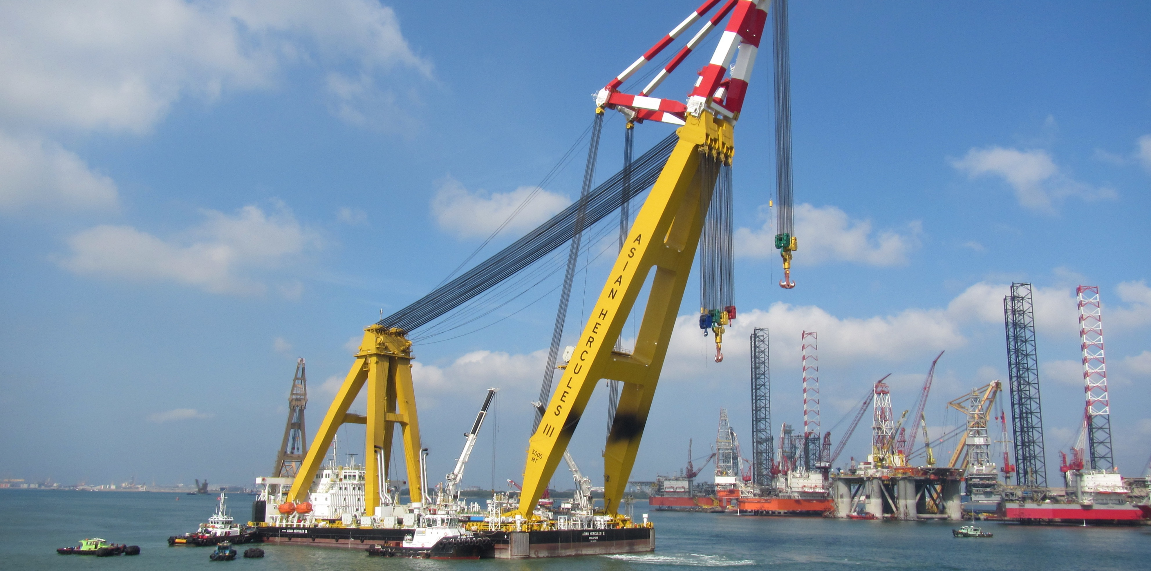 106 Meter Length  Floating Crane
