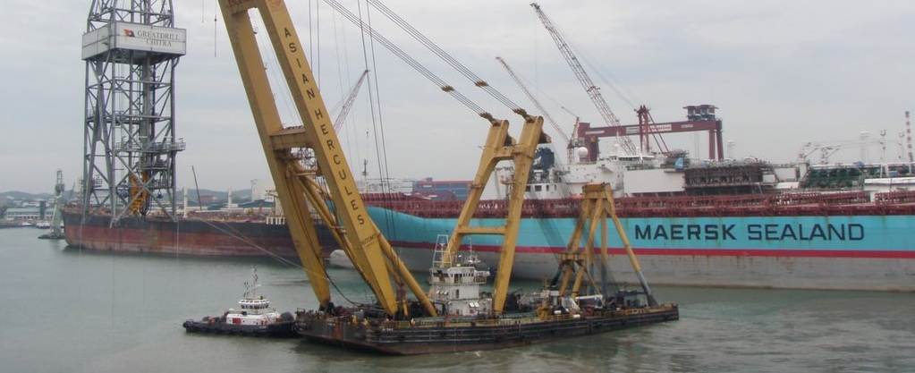 70 Meter Length Floating Crane Barge