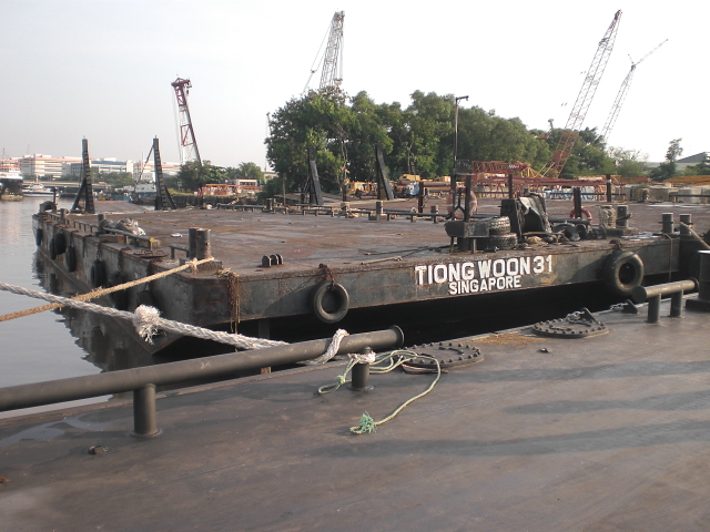 40 Meter Length  Flat Top Deck Cargo Barge