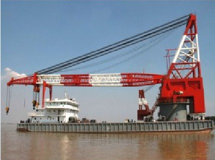 84 Meter Length Full Revolving Floating Crane Barge