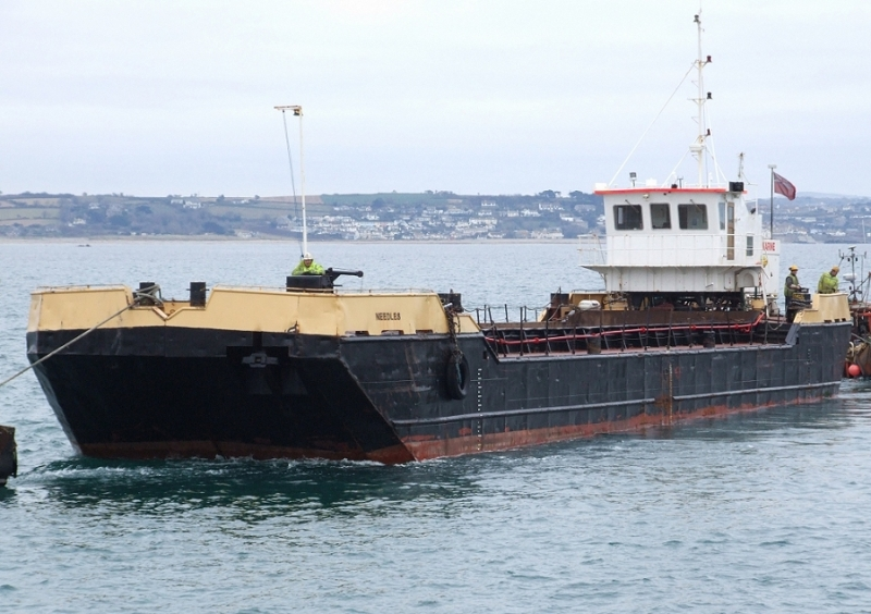 44 Meter  Length  Barges