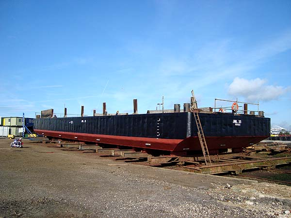 34 Meter  Length Cargo Barges
