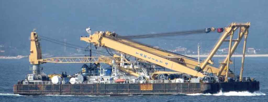 83 Meter Length Floating Crane Vessel