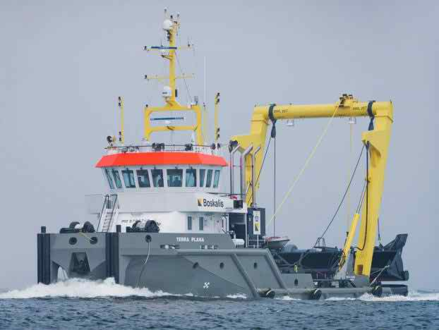 35 Meter Length Dredger