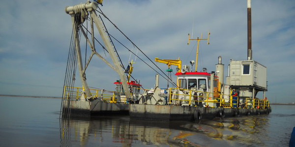 46 Meter Length  Dredger