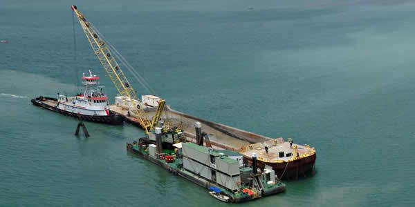 50 Meter Length Floating Crane