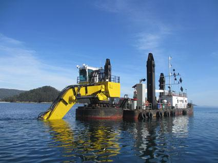 32 Meter Length Dredger